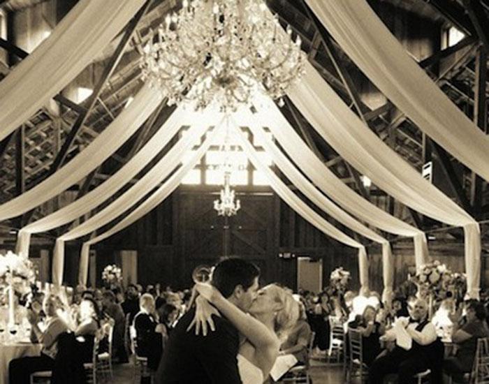 Draperie bruiloft in de hal van mijn huis - Decoratie entree van hal ...